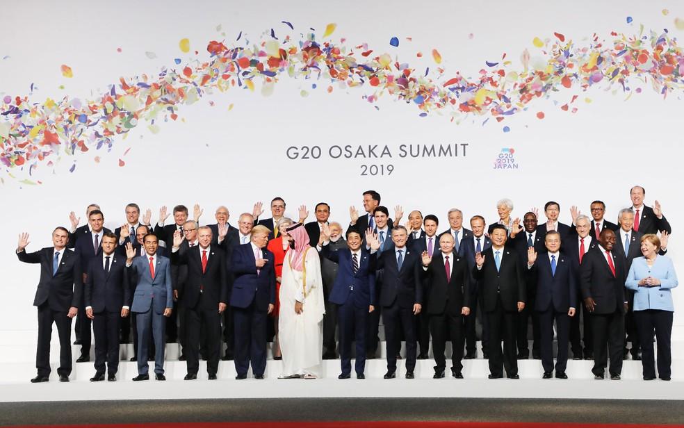 Líderes do G20 posam para foto tradicional em Osaka, no Japão — Foto: Ludovic Marin / AFP Photo