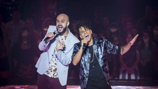 Gaúcho Juliano Barreto perde batalha, mas é escolhido por Ivete e avança no 'The Voice Brasil'