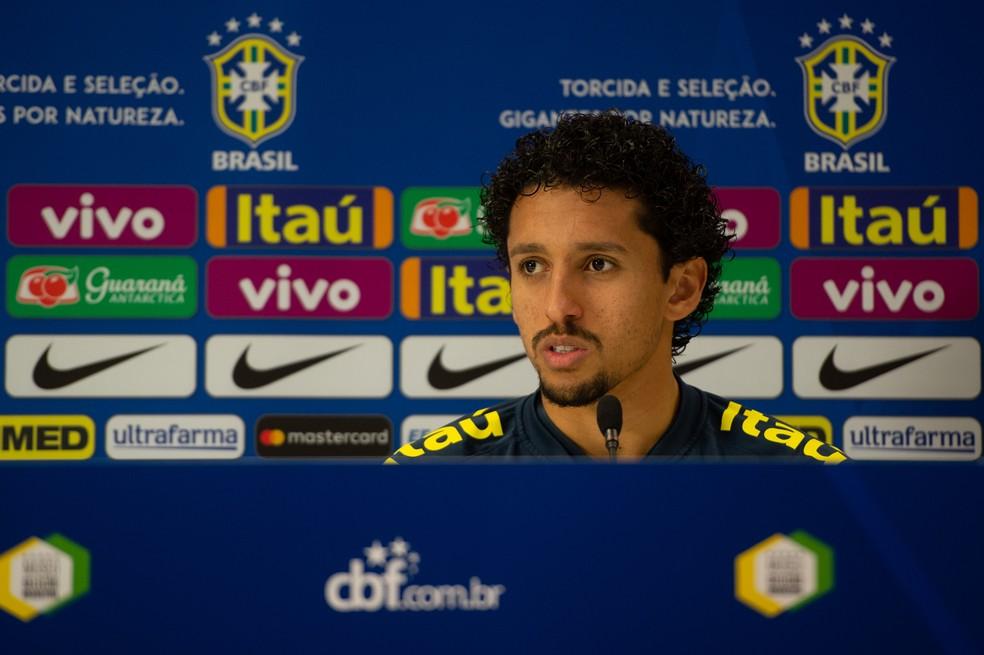 Marquinhos em coletiva da seleção brasileira — Foto: Pedro Martins/MoWa Press