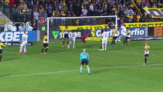 Criciúma 0 x 2 Bragantino: assista aos gols e melhores momentos