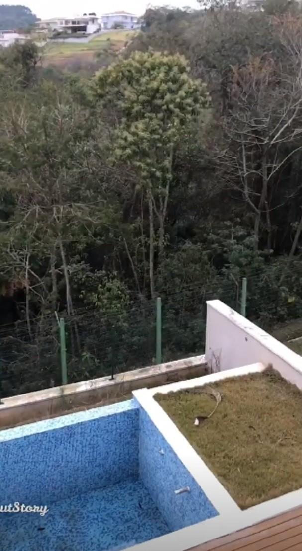 Área da piscina (Foto: Instagram/Reprodução)