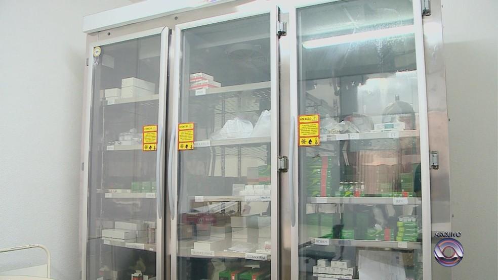 Amostra de vacinas examinada foi descartada, após armazenamento não adequado em Santa Cruz do Sul. Caso é investigado — Foto: Reprodução/RBS TV