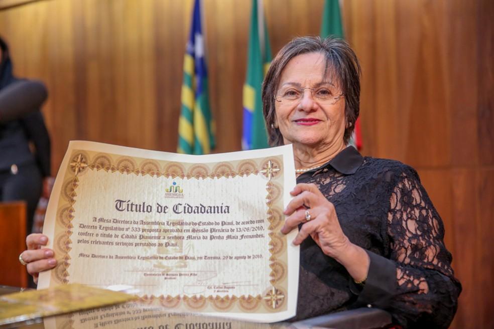 Maria da Penha recebe título de cidadã piauiense — Foto: Thiago Amaral/Alepi