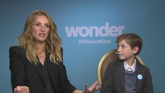 Julia Roberts estrela filme sobre menino com síndrome rara