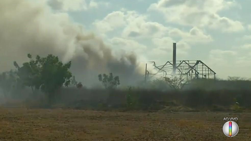 Galpão da empresa ficou totalmente destruído (Foto: Reprodução/Inter TV Cabugi)