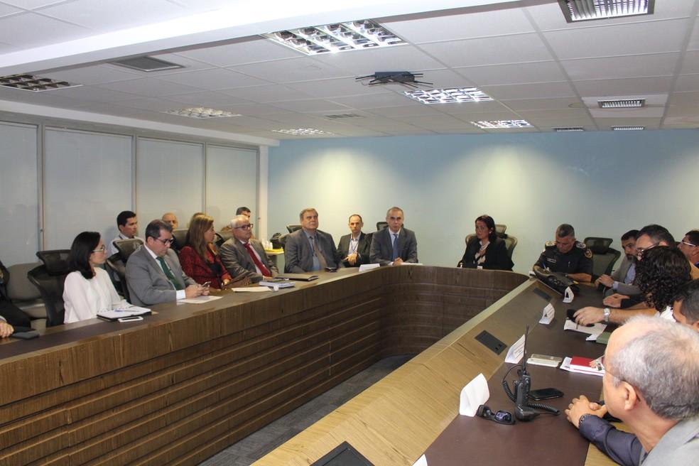 Plano operacional de segurança foi apresentado nesta terça-feira (25), no Gabinete de Gestão Integrada da Sesed — Foto: Ascom/TRE-RN