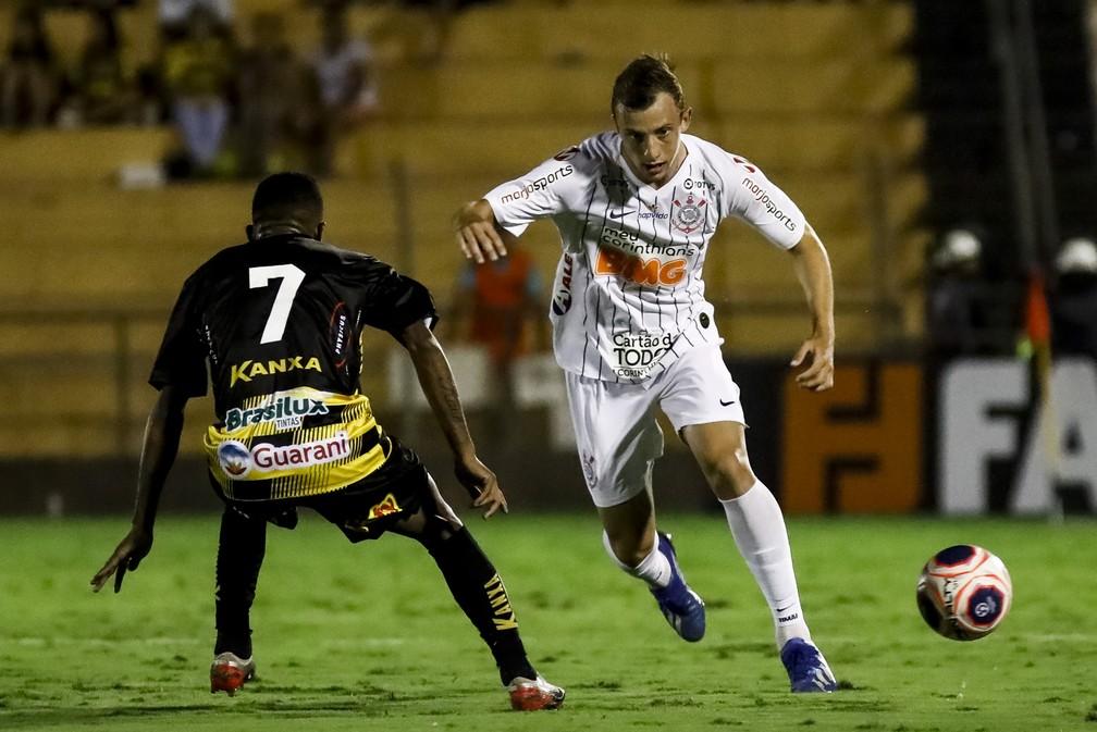 Carlos Augusto em partida do Corinthians contra o Novorizontino — Foto: Rodrigo Gazzanel/Ag.Corinthians