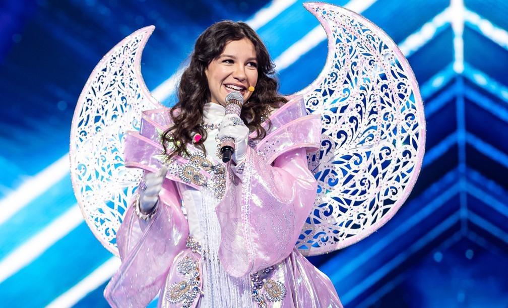 Priscilla Alcantara anuncia lançamento de álbum após vitória no 'The Masked Singer'