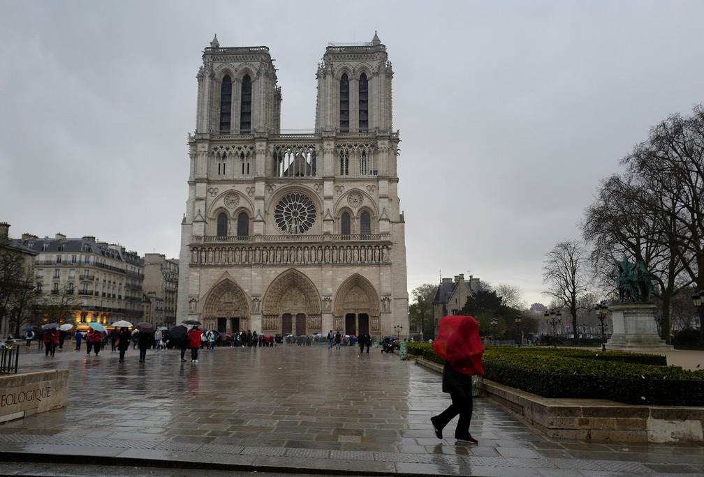 Imagem de arquivo mostra a Catedral de Notre-Dame em março de 2018, em Paris — Foto: Ludovic Marin/AFP/Arquivo