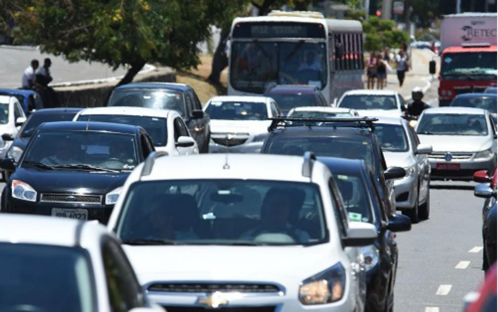 IPVA dos automóveis registra queda de 3,7%; o das motos, de 2,25%. (Foto: Divulgação/Detran)