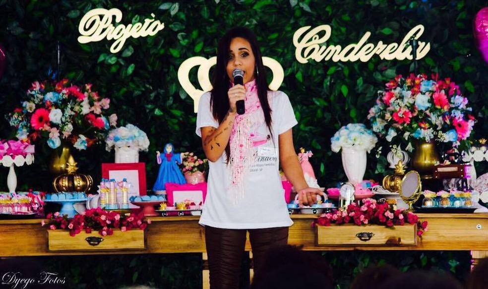Alexandra durante o Projeto Cinderela, em julho de 2017 (Foto: Alexandra Costa)