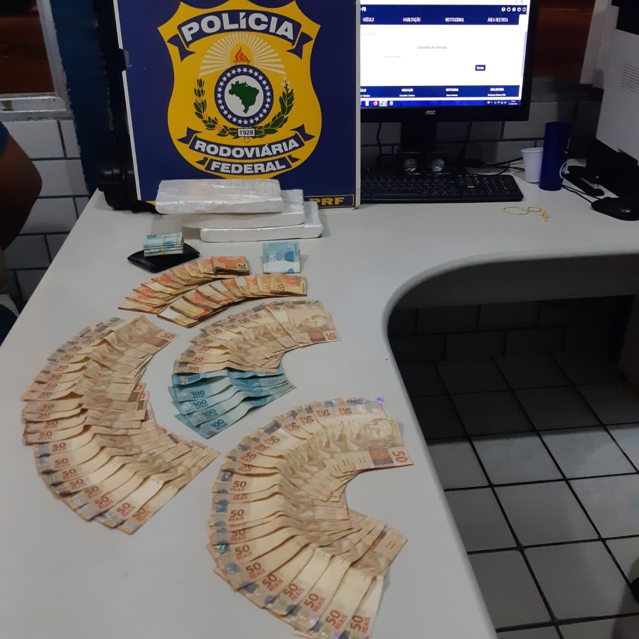 Homem com mais de 3 kg de cocaína e R$ 10 mil é preso pela PRF, na Paraíba - Notícias - Plantão Diário