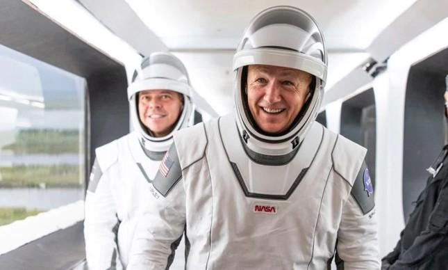 Trajes espaciais da Space X