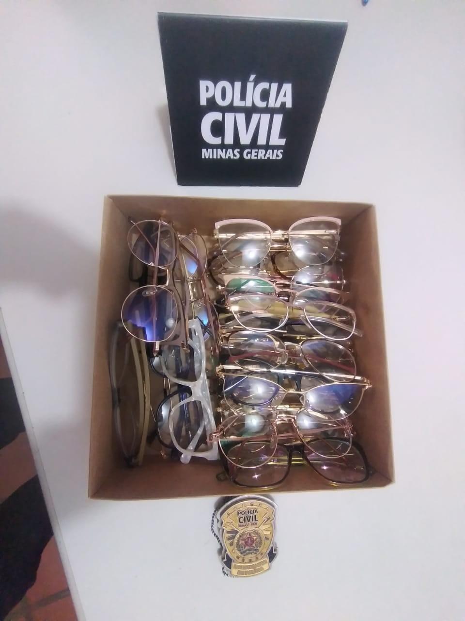 Homem é preso por receptação ao vender óculos furtados em sua ótica, em Janaúba