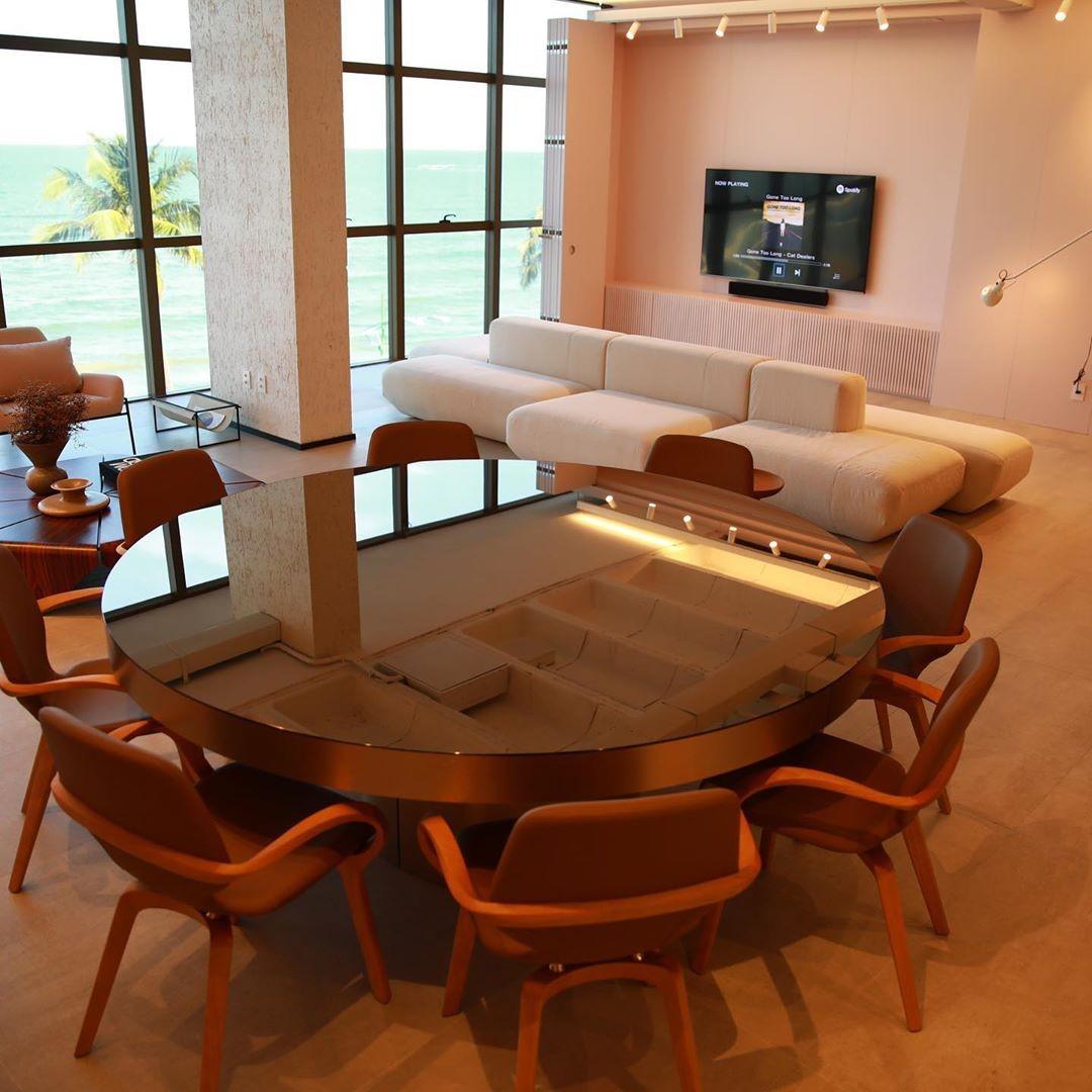 Carlinhos Maia revela detalhes luxuosos de novo apartamento à beira-mar (Foto: Instagram)