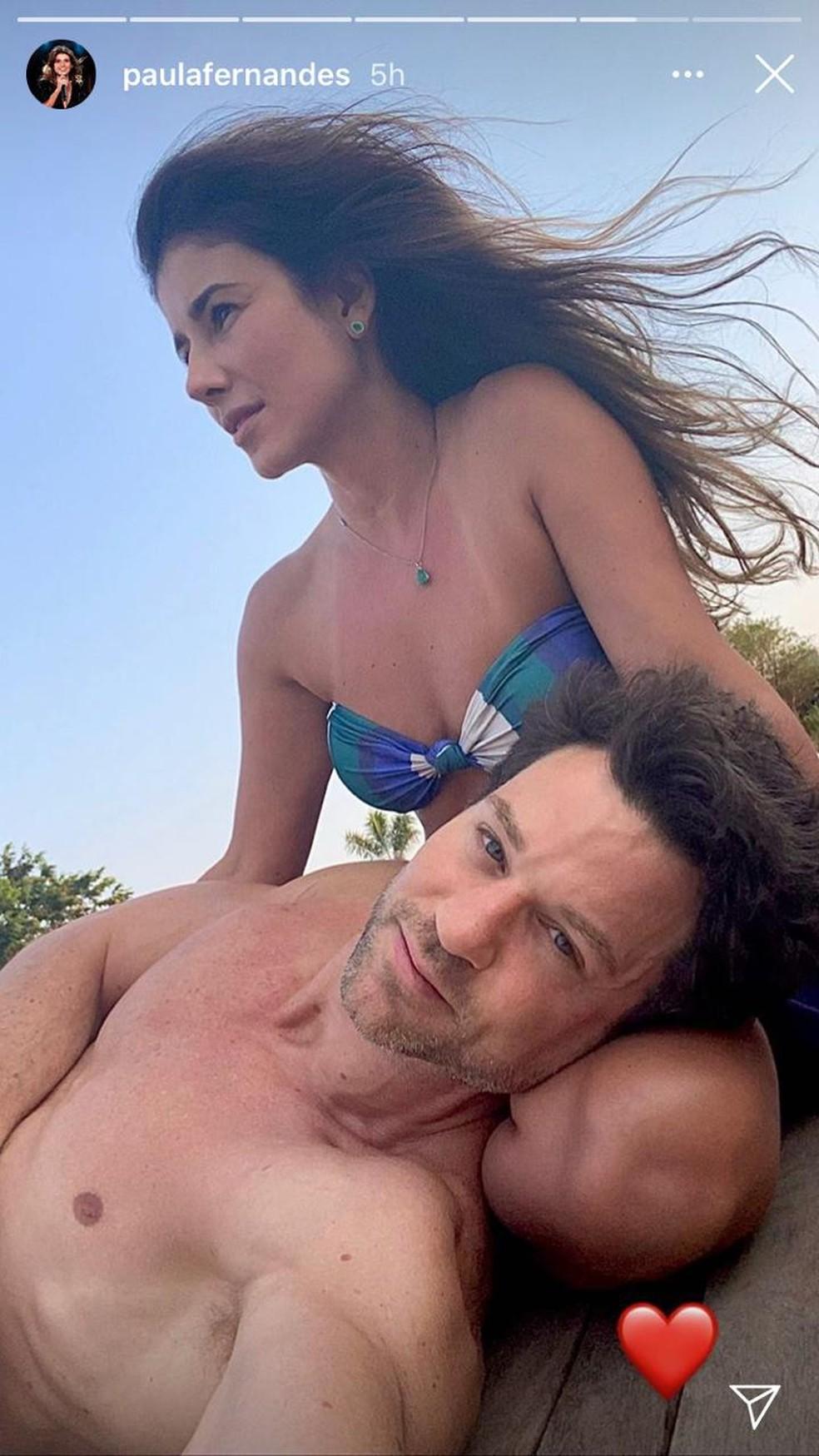 Paula Fernandes e o namorado, Rony Cecconello — Foto: reprodução Instagram