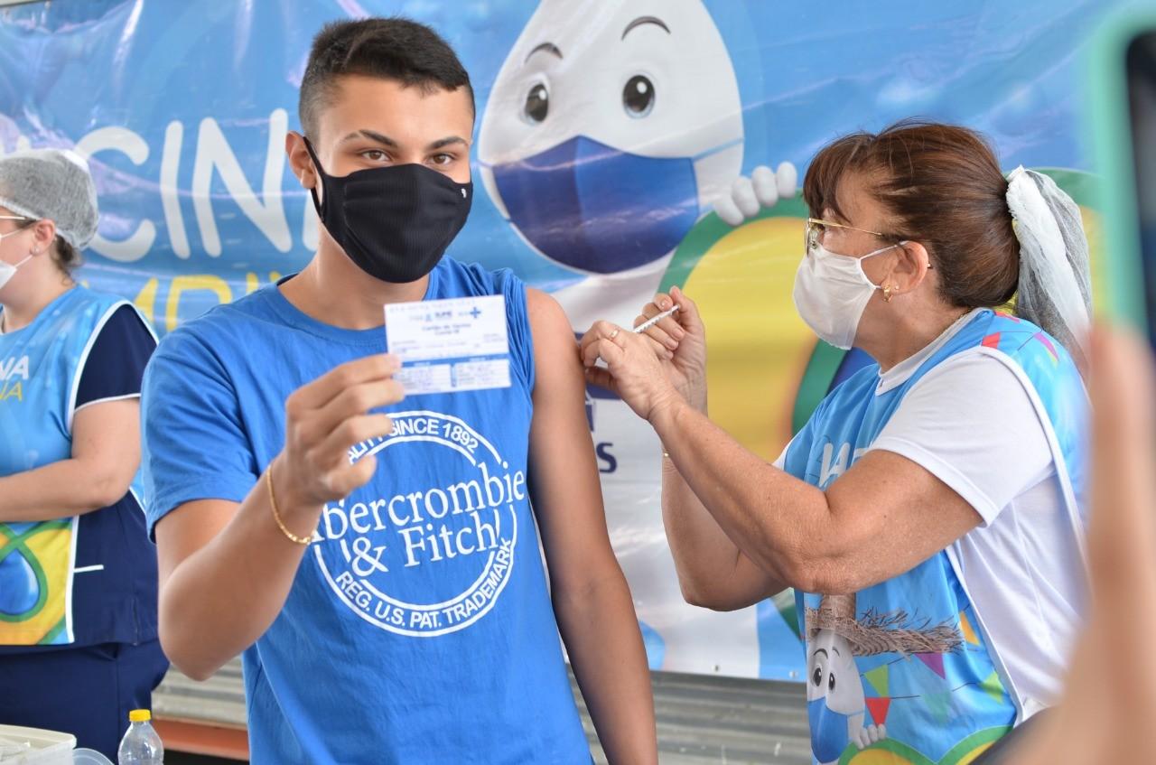 Campina Grande retoma vacinação contra Covid-19 para adolescentes a partir desta quarta-feira (20)