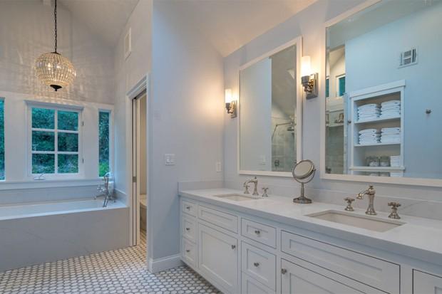Bridget Fonda compra duas mansões por R$ 40 milhões em Los Angeles (Foto: Diulgaçao)