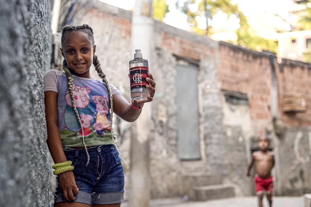 Rubro-negro arrecada R 102 mil para doações a comunidades do RJ