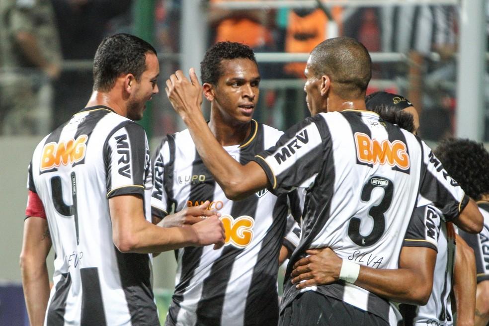 Em 2013, Atlético-MG também ficou 10 jogos invictos pelo Brasileirão — Foto: Bruno Cantini / Atlético-MG