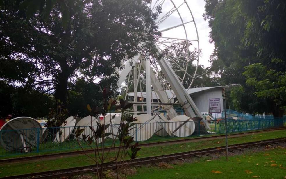 Brinquedos do Parque Mutirama continuam desmontados (Foto: Bruno Brandão/Arquivo pessoal)