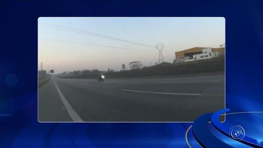 'Não aconselho', diz motociclista gravado a 400 km/h na Anhanguera após se apresentar à polícia