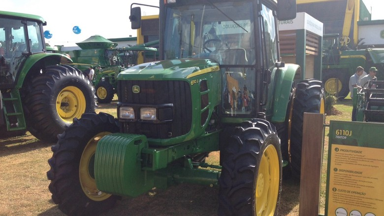 trator-john-deere-máquina-agrícola-agrishow-2015 (Foto: Editora Globo/ Valter Silva)