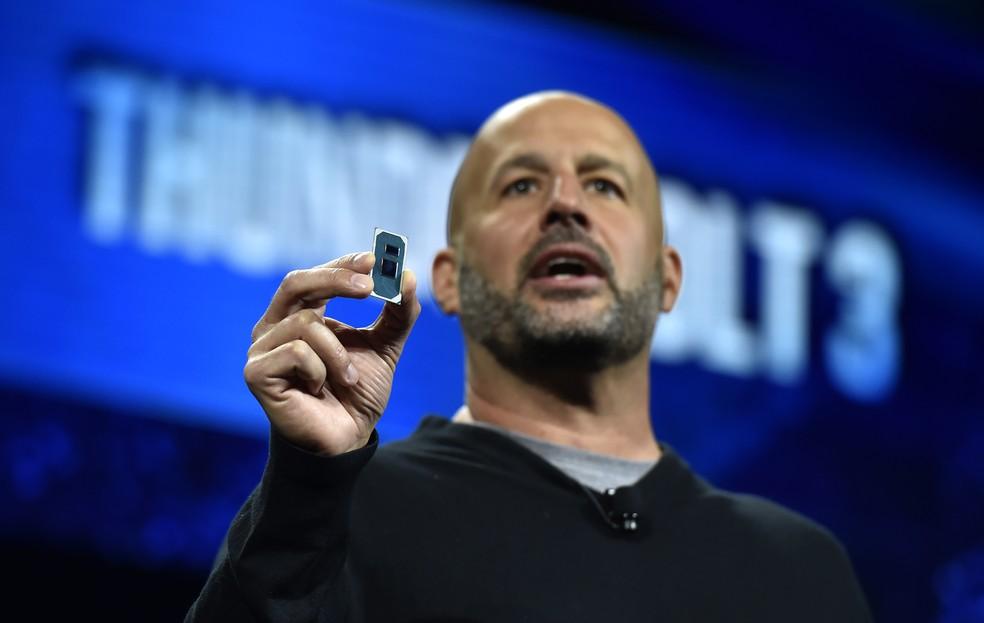 Gregory Bryant, vice-presidente de computação da Intel durante apresentação na CES 2019 — Foto: David Becker/Getty Images/AFP