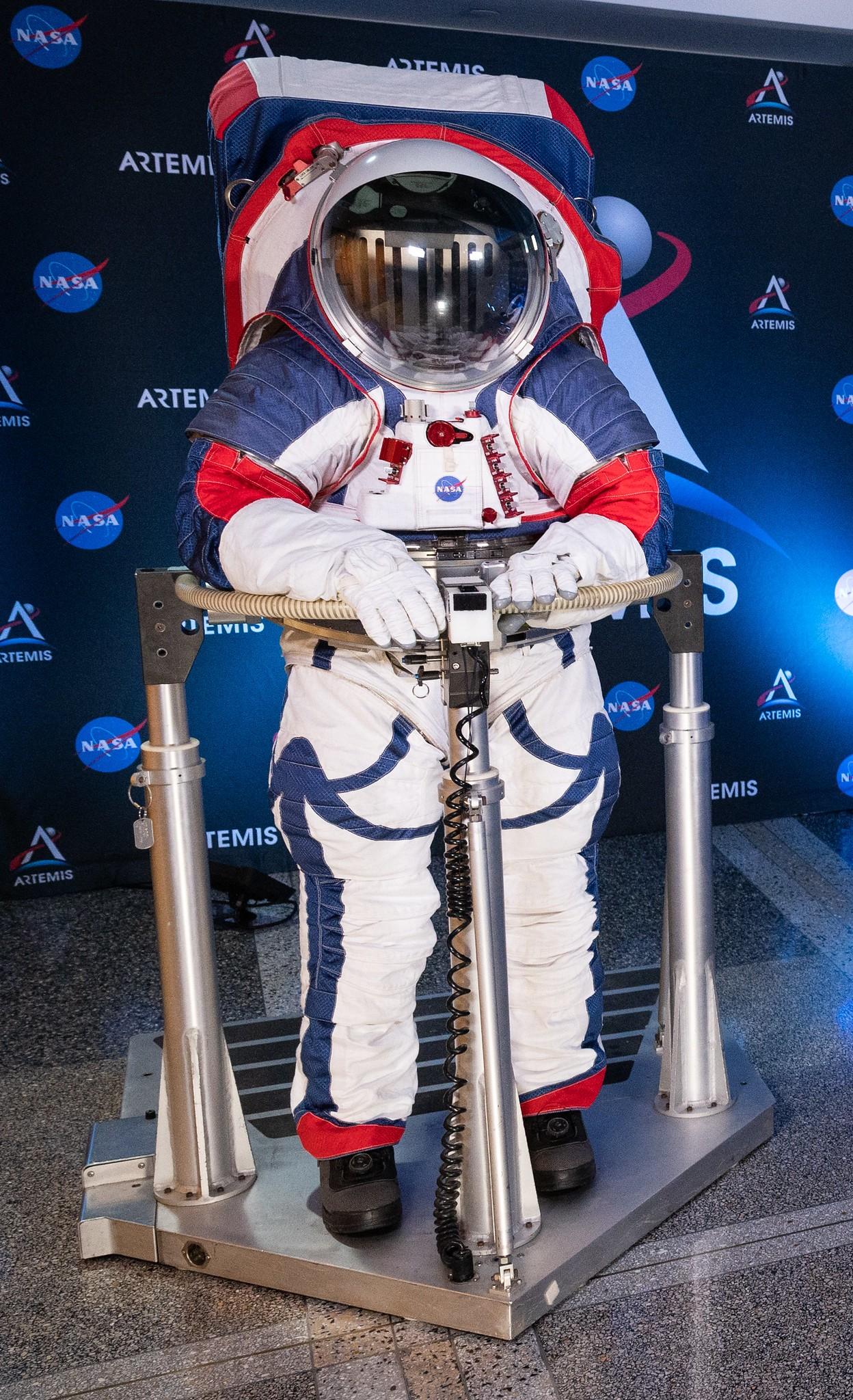 O novo traje espacial da Nasa é também sua versão mais inclusiva ...