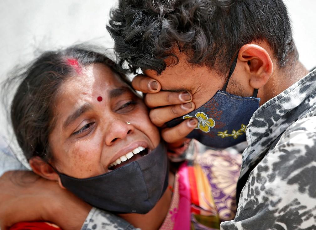 Índia registra recorde de mortes por Covid e tem mais de 200 mil casos pelo  6º dia seguido   Mundo   G1