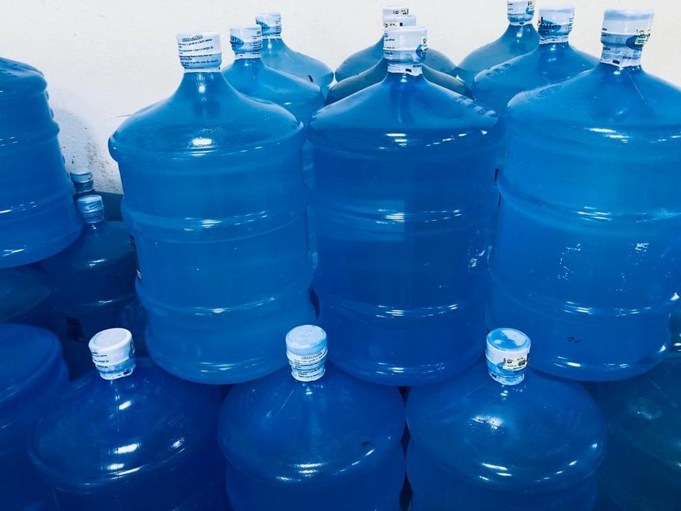 Consumidor deverá sentir aumento da água mineral a partir da próxima segunda-feira (2) no RN — Foto: Divulgação