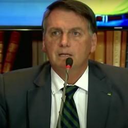 Bolsonaro fez live ontem