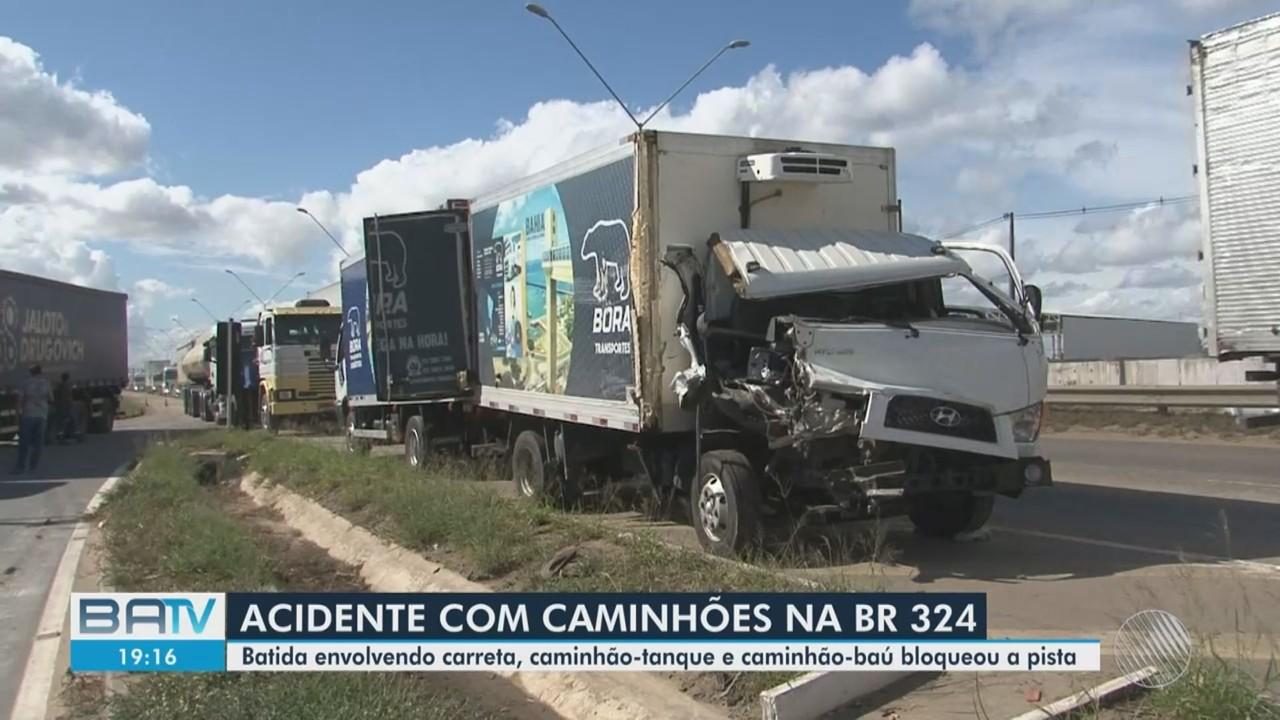 Segunda-feira marcada por dois grandes acidentes na BR-324, na Bahia