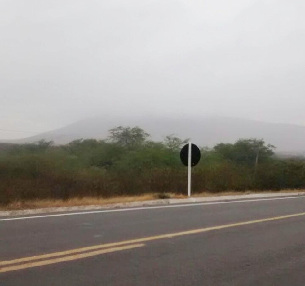 Chuva que caiu pela manhã apagou o fogo (Foto: Divulgação/CBM)