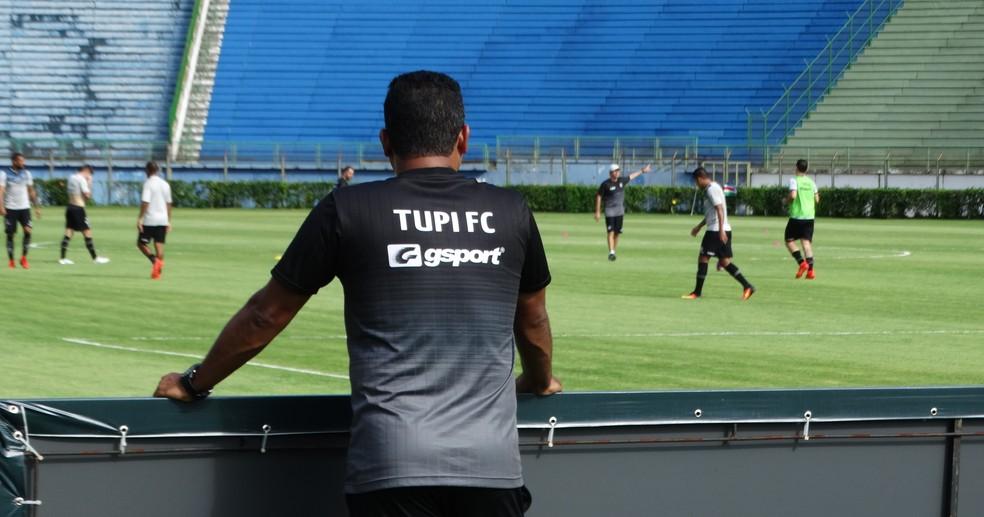 Ricardo Leão faz planos para o futuro após ciclo no Tupi (Foto: Raphael Lemos)