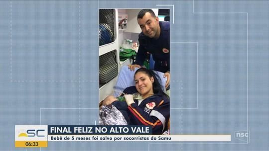 'A gente não é de ferro', diz socorrista que chorou após reanimar bebê engasgado com leite materno em SC