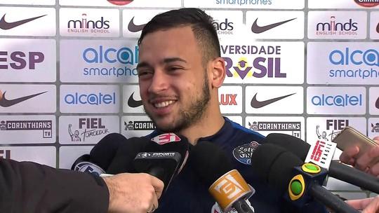 """Corinthians vê tropeço de rivais, mas Maycon diz: """"Temos de pensar no nosso"""""""