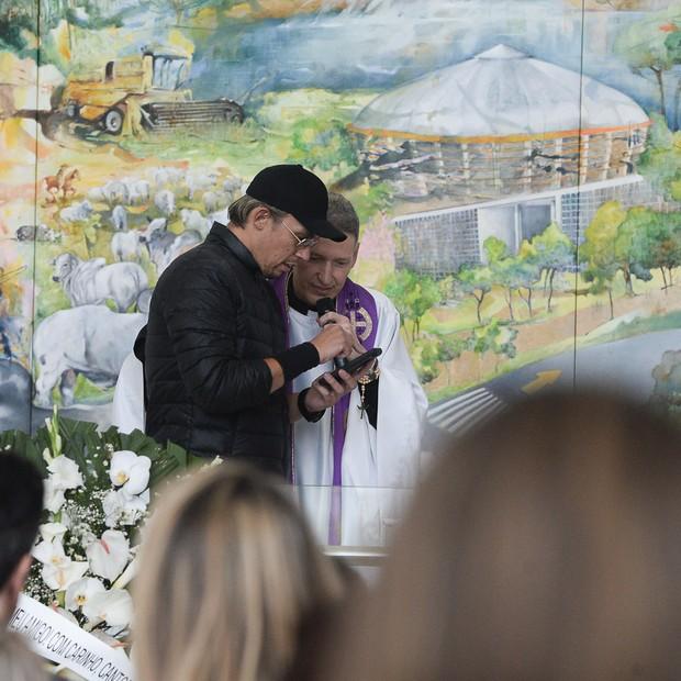 Padre Marcelo Rossi celebra missa de Franco Scornavacca  (Foto: reprodução instagram)
