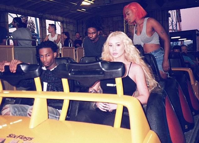 A cantora Iggy Azalea com seu novo namorado, o rapper Playboi Carti (Foto: Instagram)