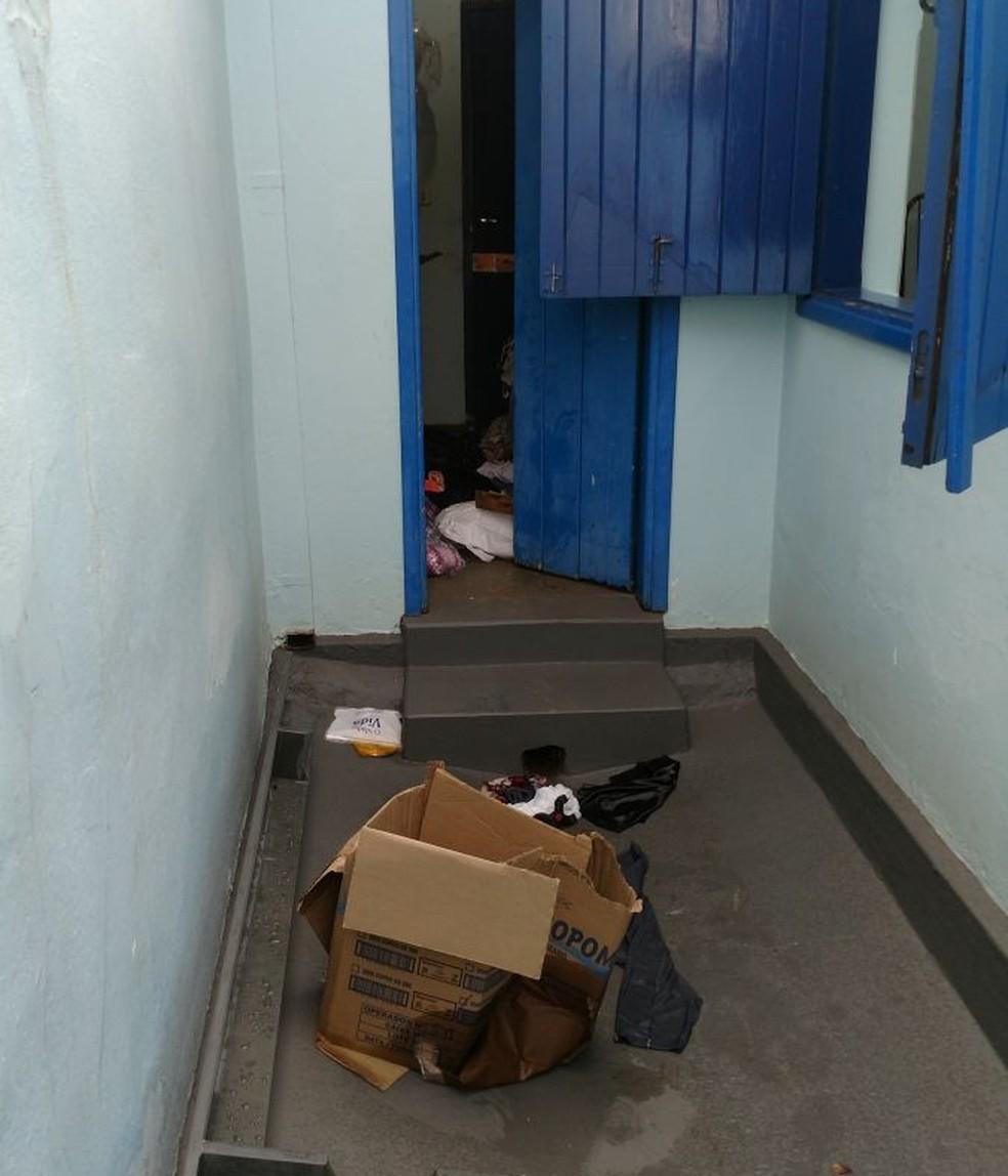 Ladrões arrombaram o local e furtaram objetos (Foto: Eurípedes Higino/Arquivo Pessoal )