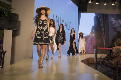 Desfile da Animale no VFNO 2016