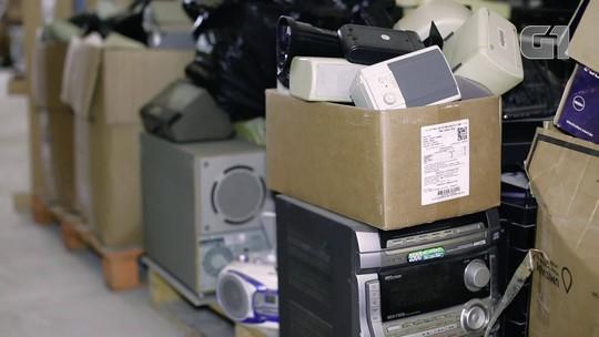 Iniciativa recupera 4 toneladas de lixo eletrônico, recicla e vende computadores a preço popular