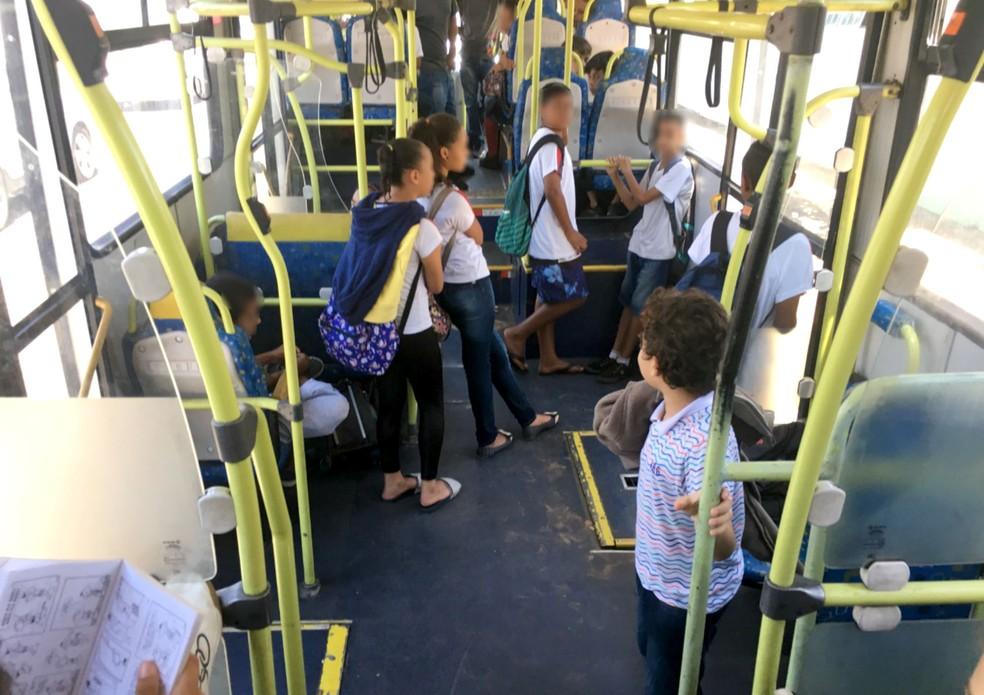 TCE apurou transporte irregular de alunos em ônibus gratuito de Agudos — Foto: TCE/Divulgação