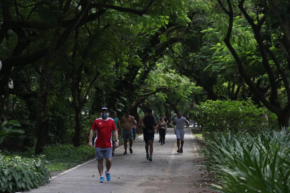 Parque da Jaqueira registrou movimento neste domingo (21) — Foto: Marlon Costa/Pernambuco Press
