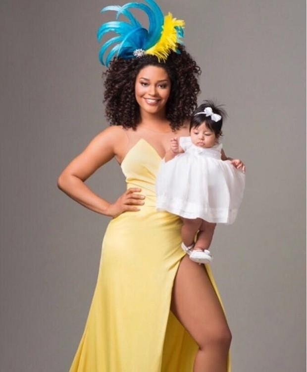 Juliana Alves e a pequena Yolanda (Foto: Reprodução Instagram)