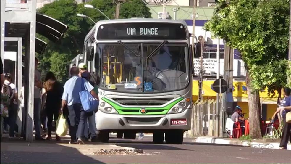 Ônibus vão rodar normalmente em Maringá na segunda-feira (28) (Foto: Reprodução/RPC)
