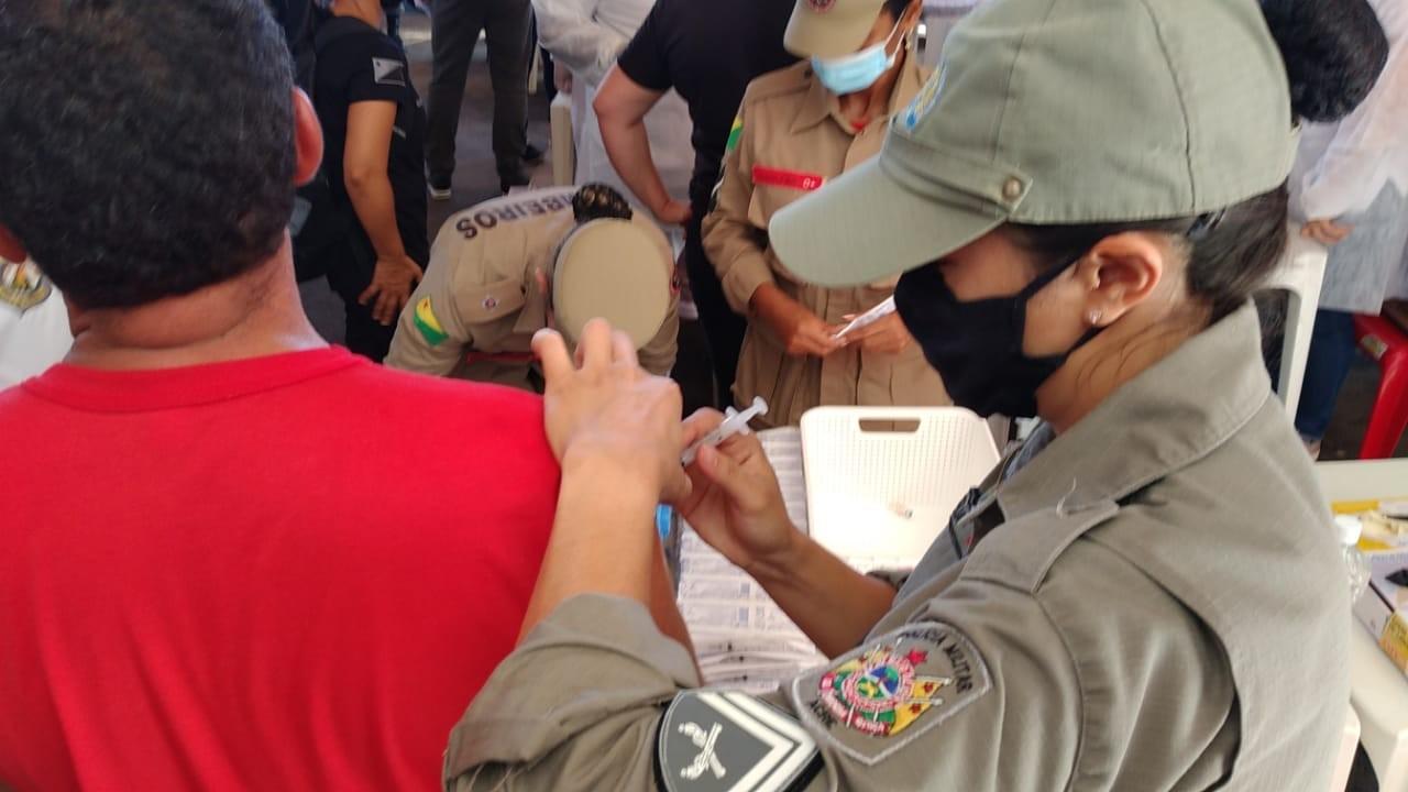 Após liberação da vacinação contra Covid-19 para Segurança no AC, MPs e Defensorias entram com ação na Justiça
