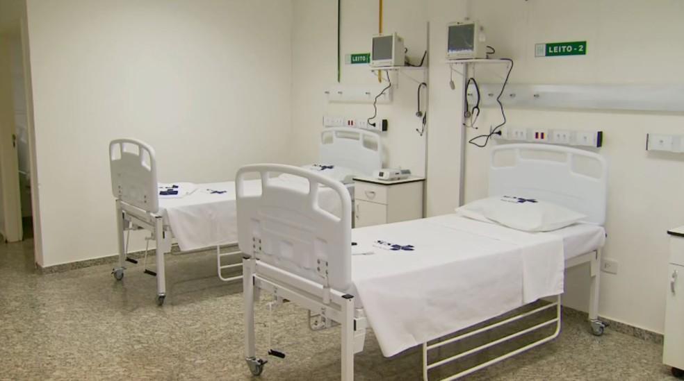 Leitos de UTI para tratamento da Covid-19 são desativados no Hospital de Campanha em Poços de Caldas — Foto: Reprodução/EPTV