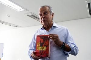 Ex-ministro José Dirceu, em entrevista coletiva sobre o lançamento do seu livro de memórias, em Brasília