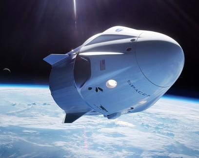 SpaceX anuncia parceria para enviar turistas ao espaço até 2022